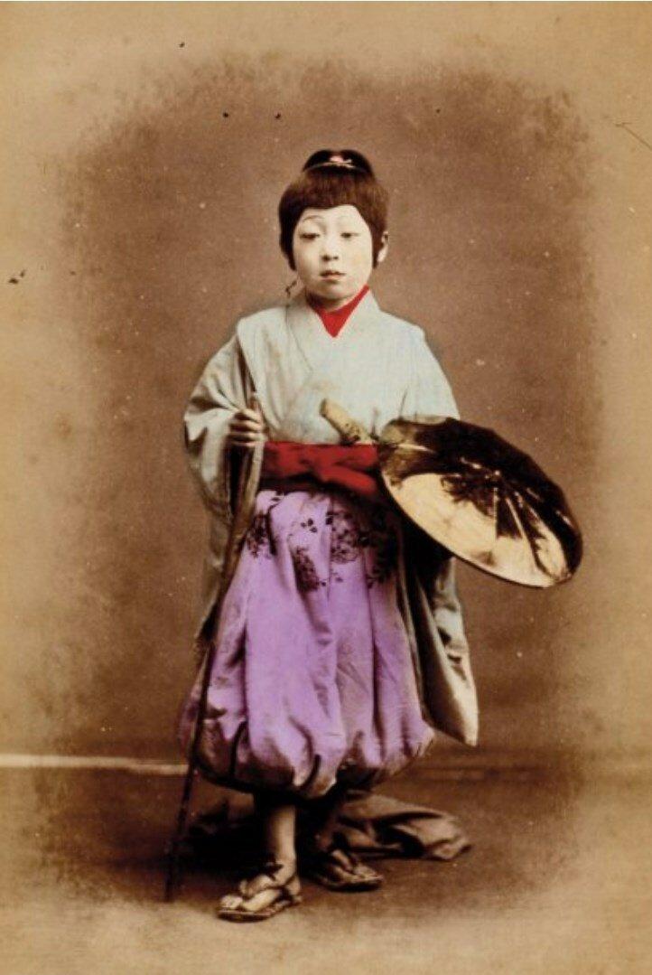 Женщина с зонтиком, ок 1880
