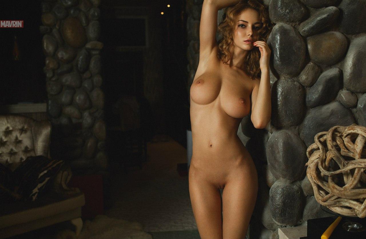 Эротичиские голые и смешные 6 фотография