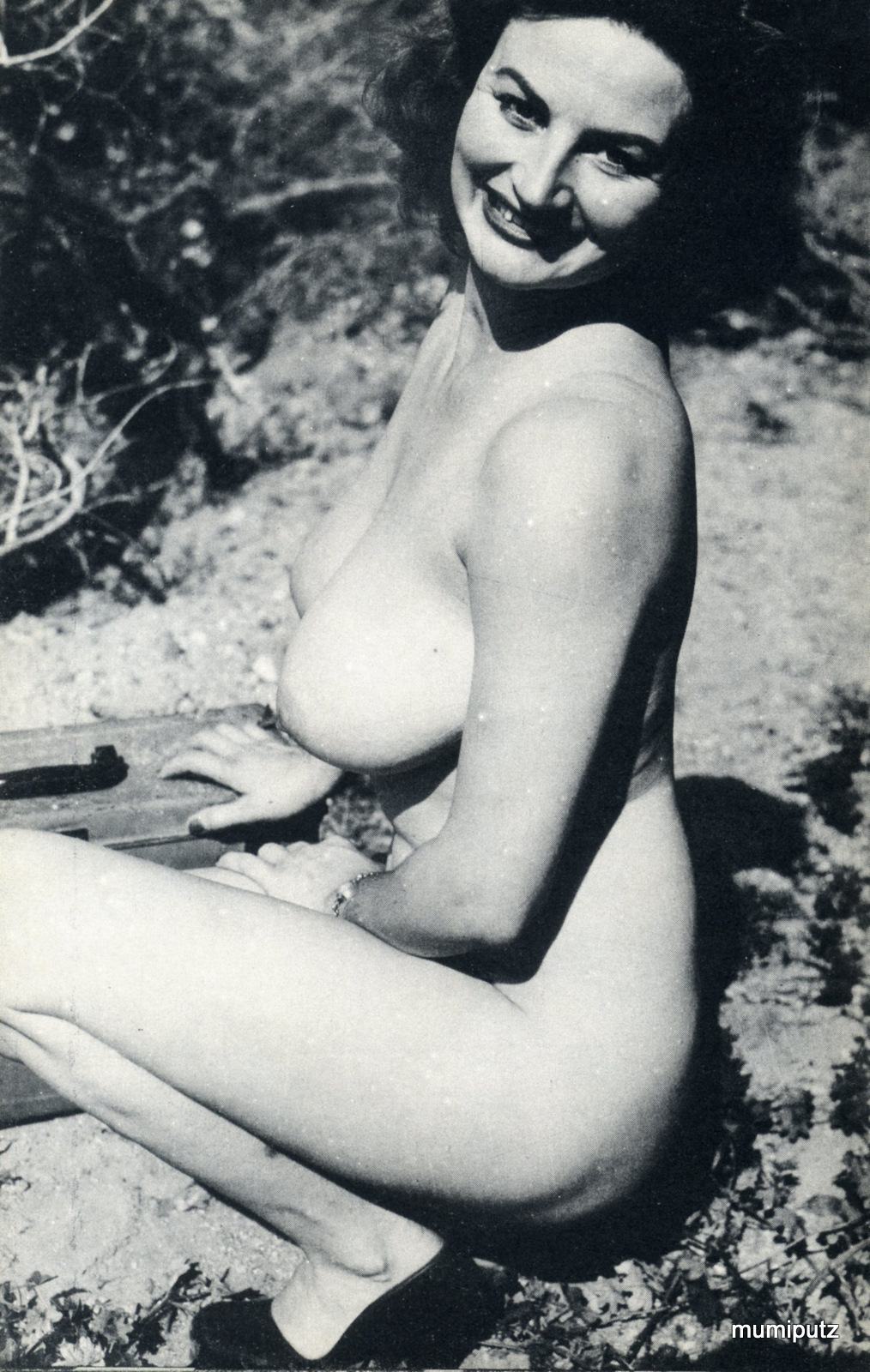 Marilyn knight nude nackt photo