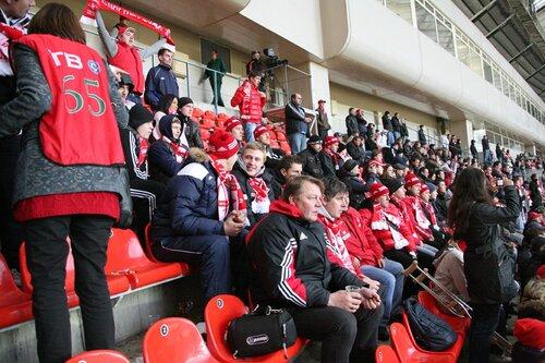 Хоккеисты «Спартака» посетили матч «Спартак» - «Зенит» 02-10-2011