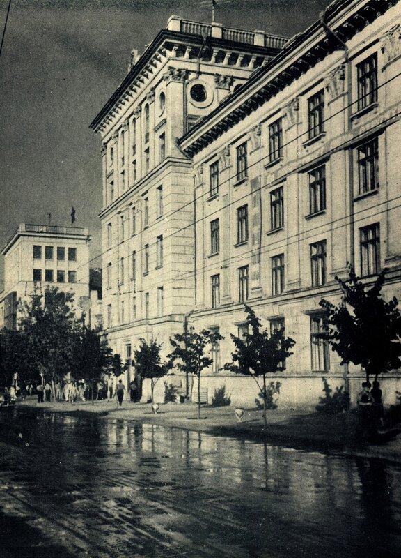 Кишинёв 1964 - улица Пушкина.jpg