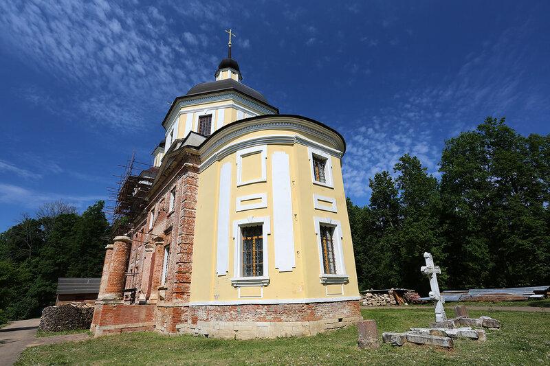 Никольская церковь усадьбы Подъячево
