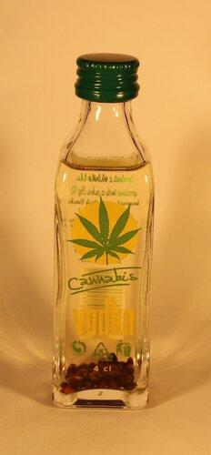 Водка Cannabis Vodka