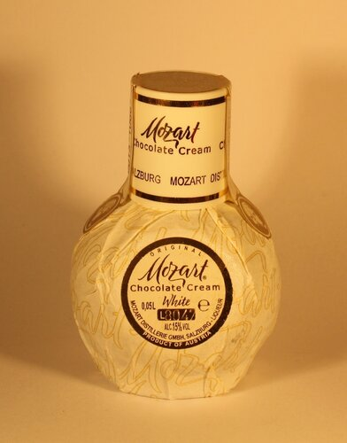 Ликер Mozart White Original Chocolate Cream