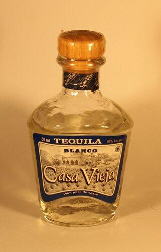 Текила Tequila Casa Vieja Blanco 100% Puro de Agave