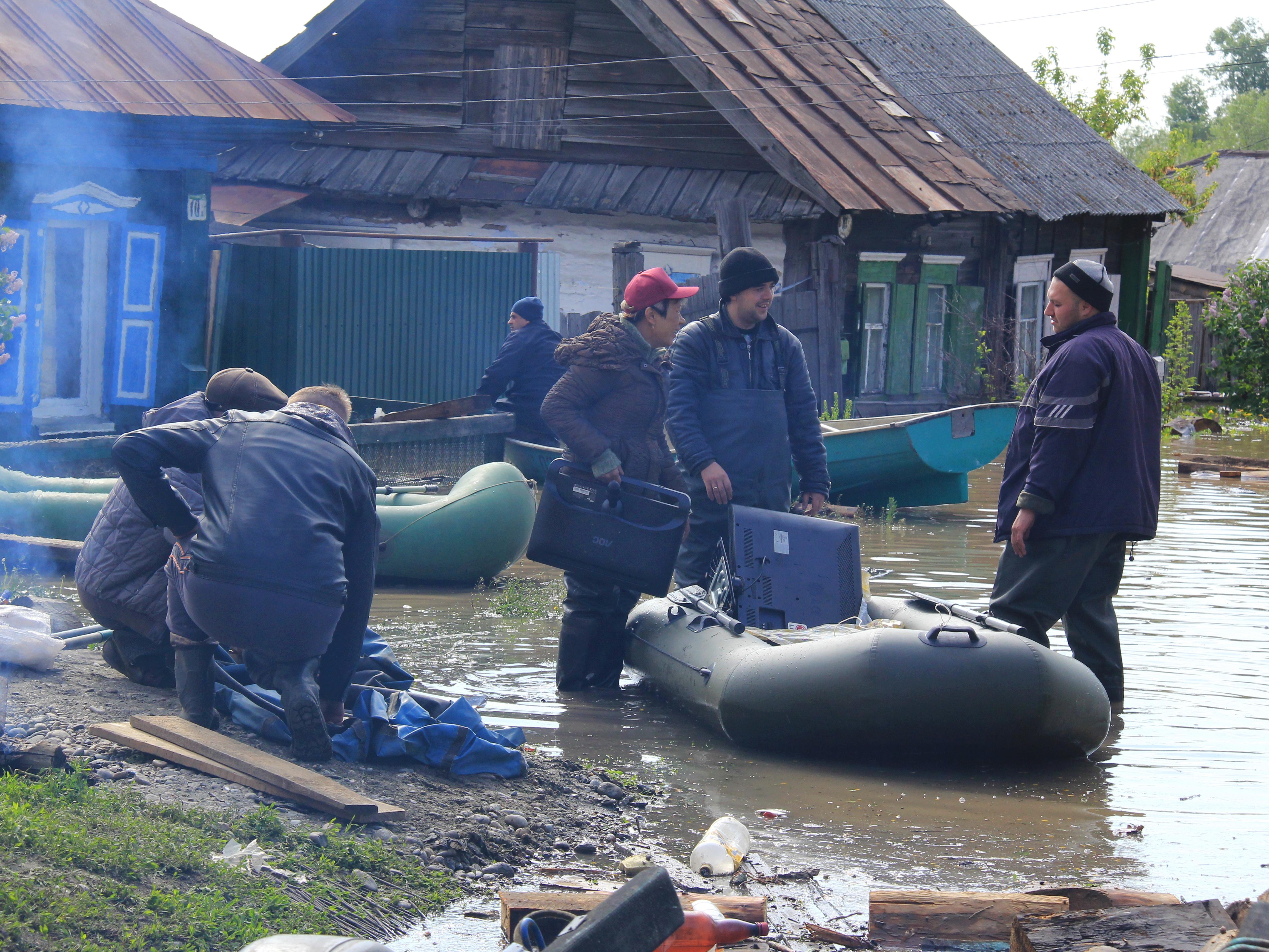 Наводнение в Бийске, Алтайский край 01.06.2014