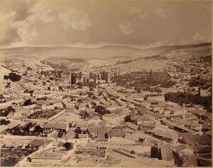 Вид на город. Бахчисарай.