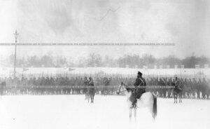 подразделение полка на плацу во время смотра полка.