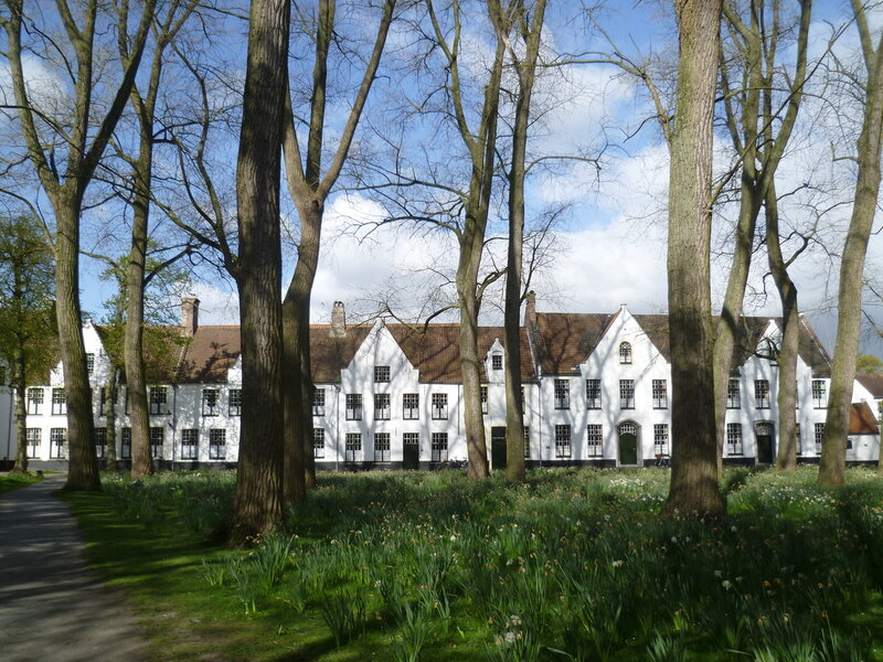 Бегинаж в Брюгге (Beguinage in Bruges)