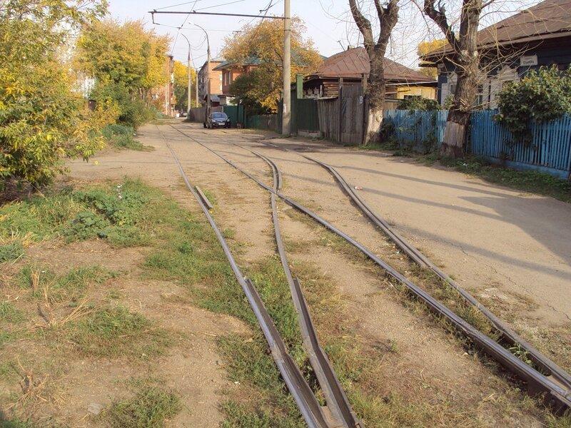 xekmatyar Проезд Ербанова.  Путь трамвая.  Сентябрь 2011.