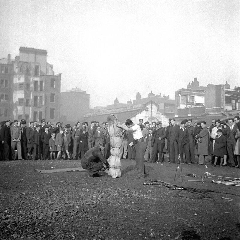 Walter Joseph - London Street Photography 1940s