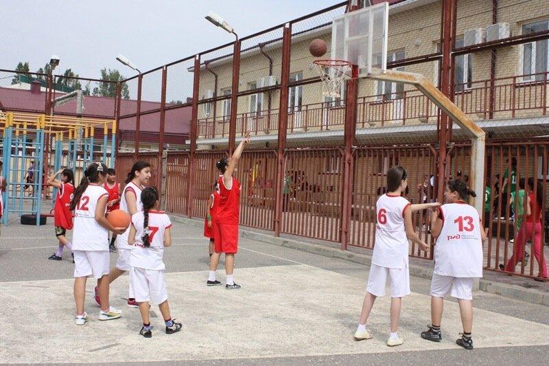 стритбол, махачкала, баскетбол женщины, дагестан, дагестанцы. Фото: Гамид Гитинов