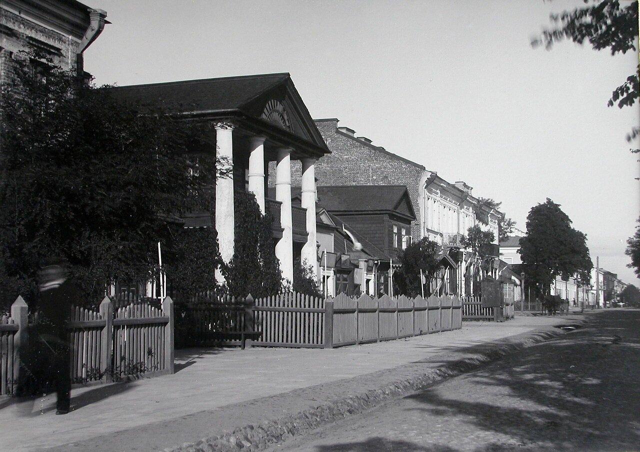 Вид жилых домов на Шоссейной улице. 1900