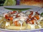Паста с креветками под сырным соусом