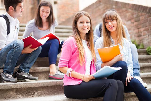 Многие иностранные вузы проводят набор студентов 2 раза в год: у украинских учащихся есть шанс поступить в январе