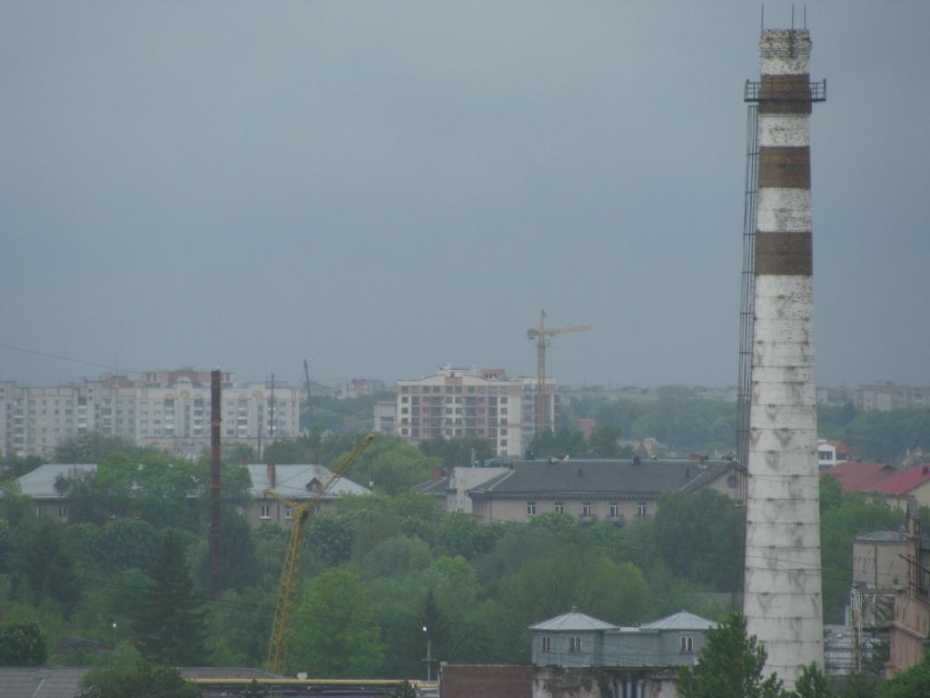 Вул. Княгині ольги і ЖК Добра Оселя - вигляд з Тернопільської 21