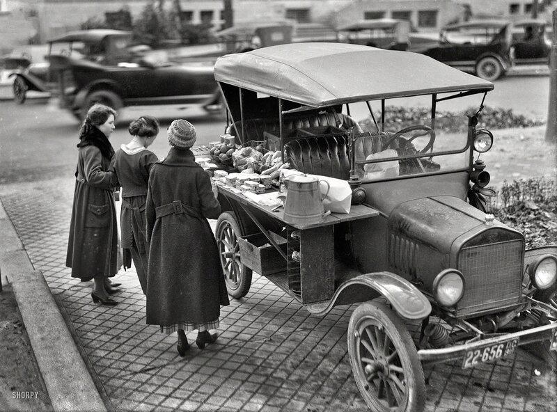 Washington, D.C., in 1919. Street lunch vendor. A Model T sandwich-vending machine