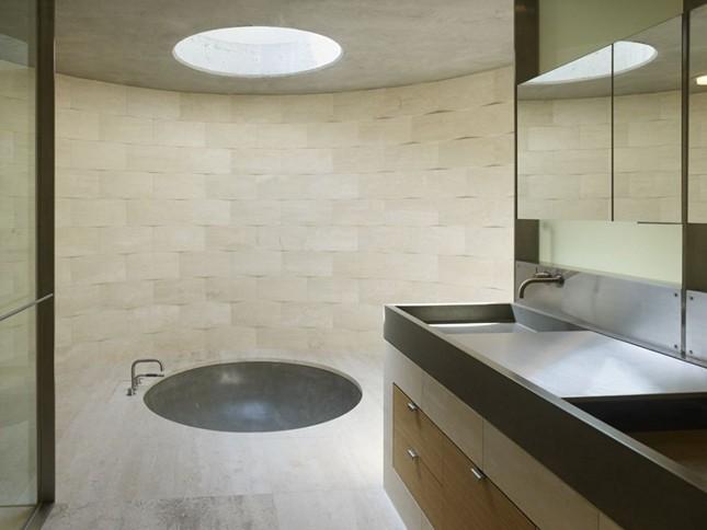 Простота интерьера Concrete House в Пьемонте, Калифорния