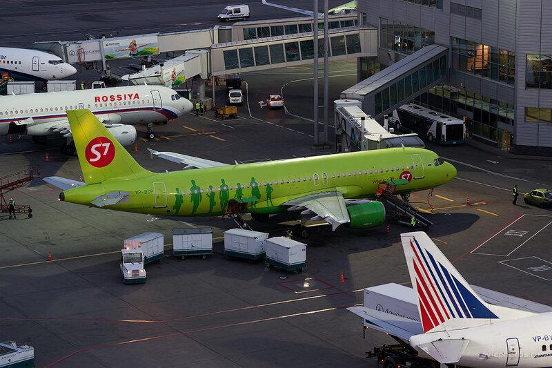 Airbus A320-214 (VP-BCP) S7 D804820