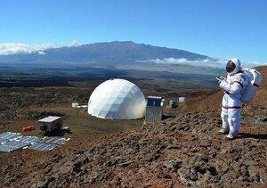 Ученые проведут 365 дней в изоляции, имитируя полет на Марс
