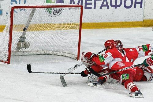 Спартак - Ак Барс 2:3 24-10-2011