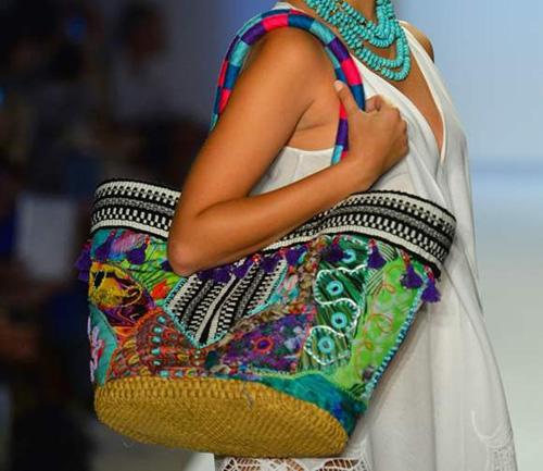 Сумки для похода на пляж: модные тенденции 2014 года