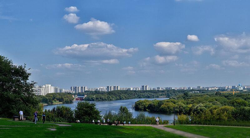 Парк Коломенское в Москве - домик Петра