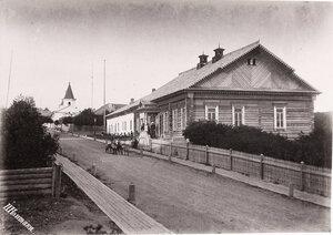 Вид на здание Корсаковского Окружного Полицейского управления.