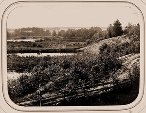 Вид на Петербургскую плотину от Олонецкого шлюза.