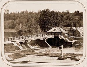 Вид на Олонецкую плотину.