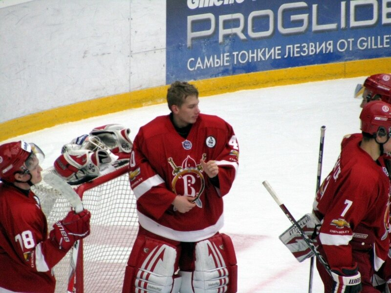Русские Витязи-Капитан (Фото)