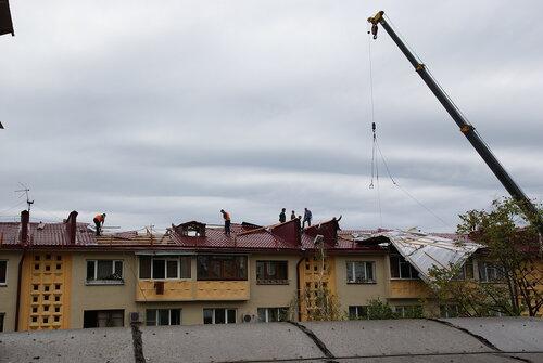 ЧП на ул.Гранатной, 10 в Сочи, день второй 15.10.2011