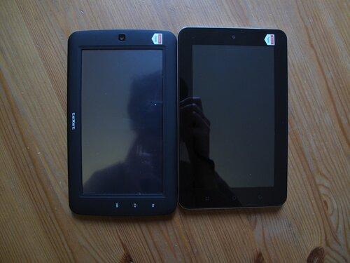 teXet TM-7020 (слева) и teXet TM-7020