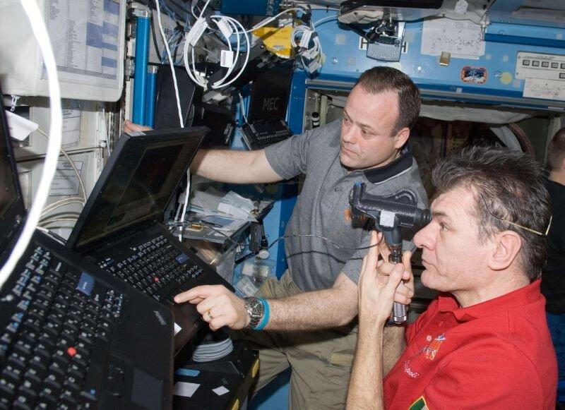 Space Lab — совместный проект YouTube и Lenovo