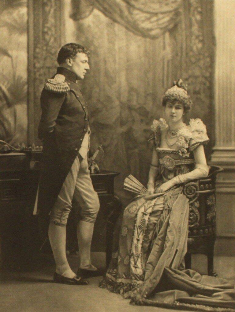 sir-charles-hartopp-as-napoleon-i-lady-hartopp-as-the-empress-josephine-p270-2.jpg