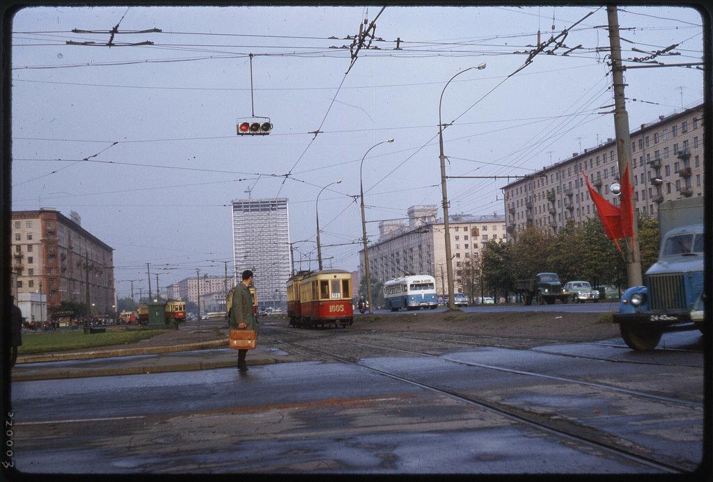 Как добраться до парка Горького