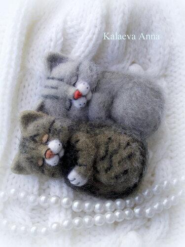 Спящие котята,котик, броши