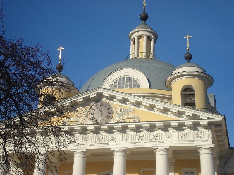 Голицынская больница - больница для бедных-1802г, Свято-Димитриевский храм внутри здания