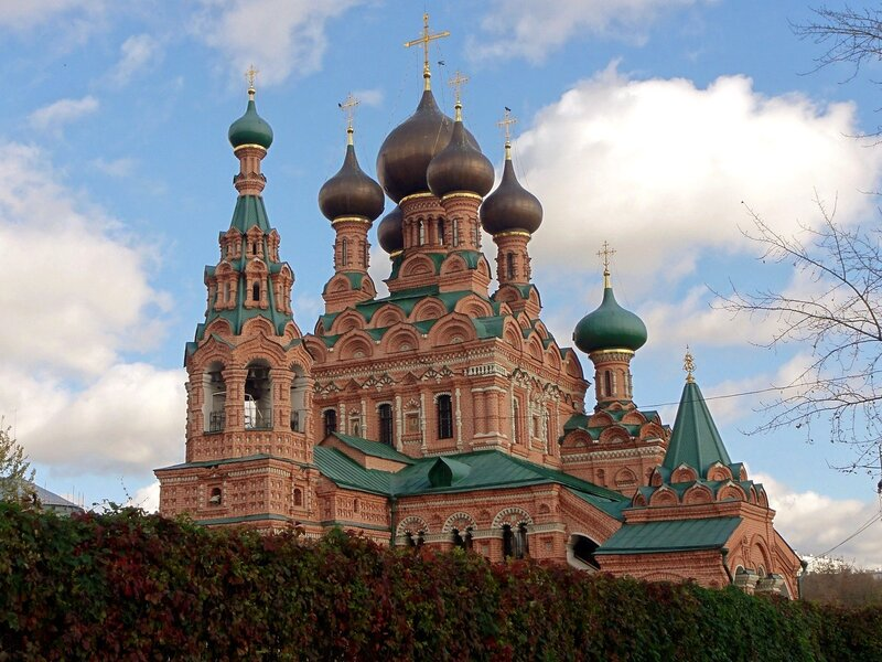 Церковь Живоначальной Троицы..