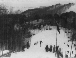 Соревнование лыжников