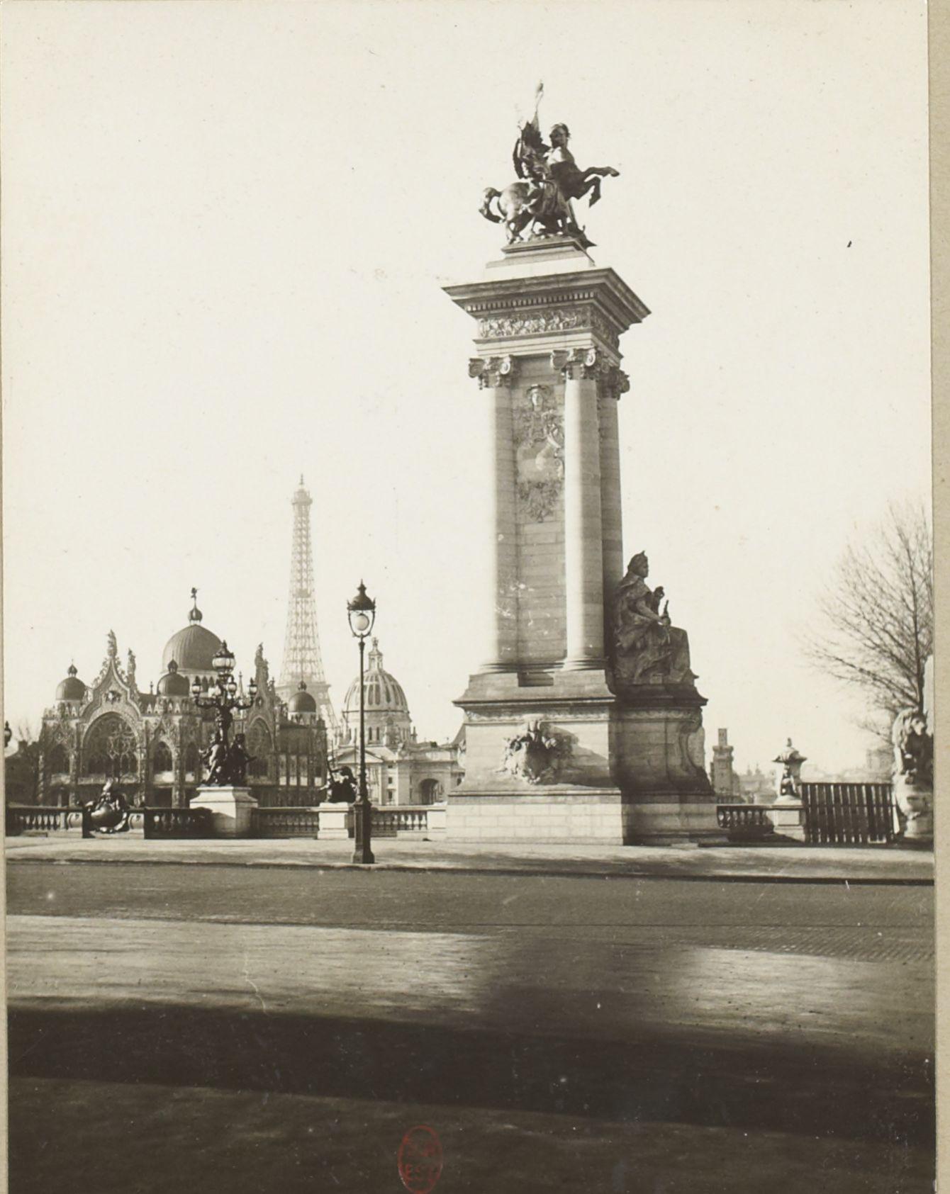 Мост Александра III (фрагмент)
