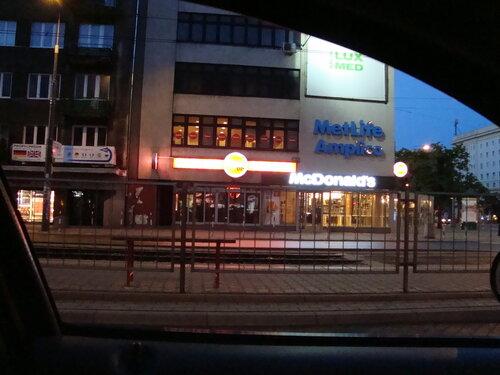 Проездом через Варшаву