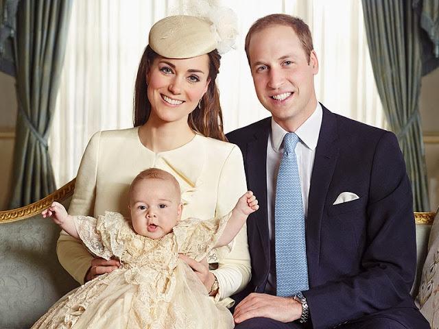 Принцессе Шарлотте подарили картину за двести тысяч