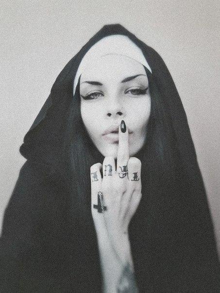 Рассказ две монашки фото 160-608