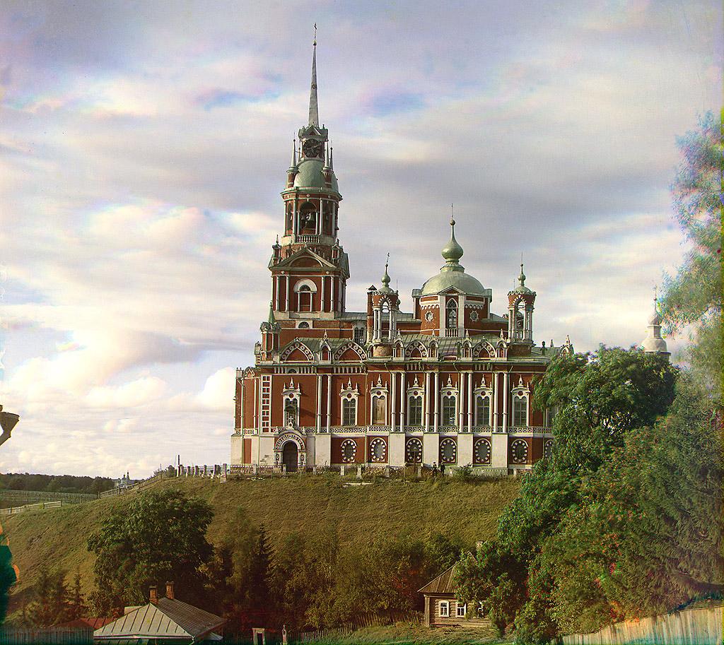 113.Можайский Николаевский собор. Вид сбоку.1911.jpg