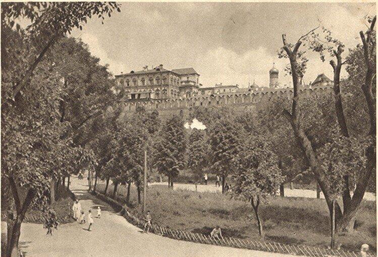 Александровский сад, 1930