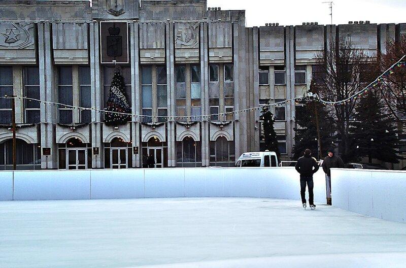 В Ярославле будет организовано бесплатное катание на коньках.