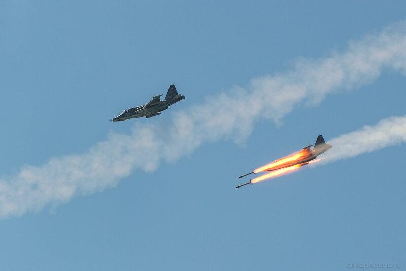 Сухой Су-25СМ (RF-92258 / 12 синий) ВКС России 242_D801274