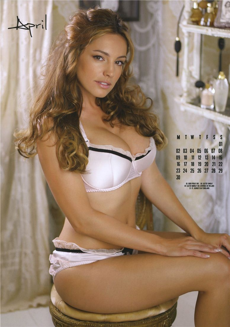 Kelly Brook / Келли Брук - официальній календарь на 2012 год - апрель