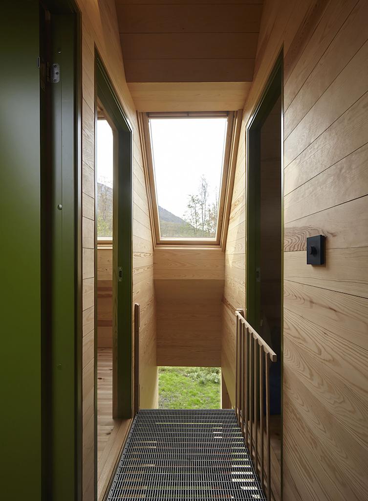 Cabin-Laksvatn-Hamran-Johansen-Arkitekter-12.jpg